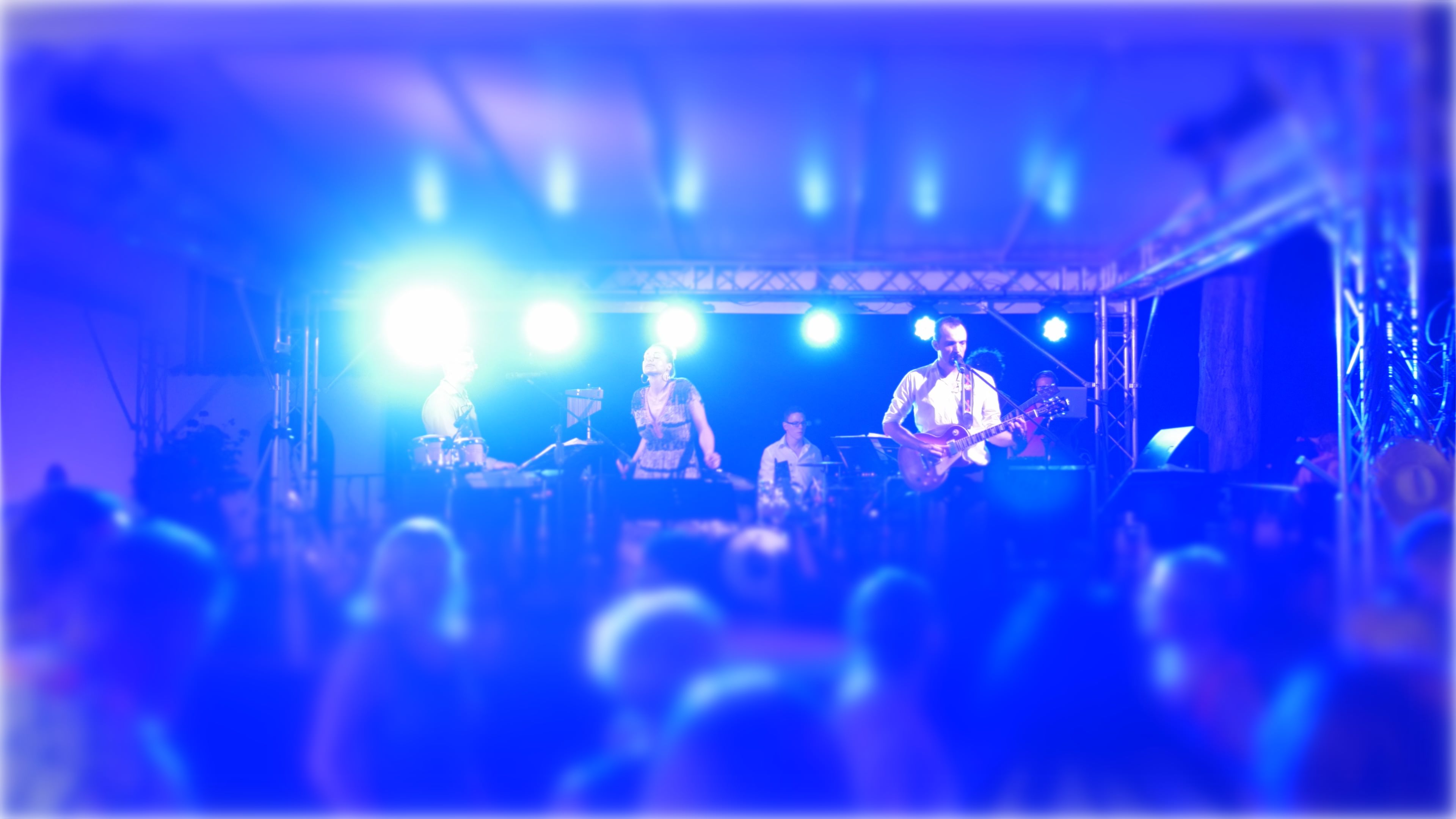 abgroovebereit Live Band : Waves by Mr.Probz :